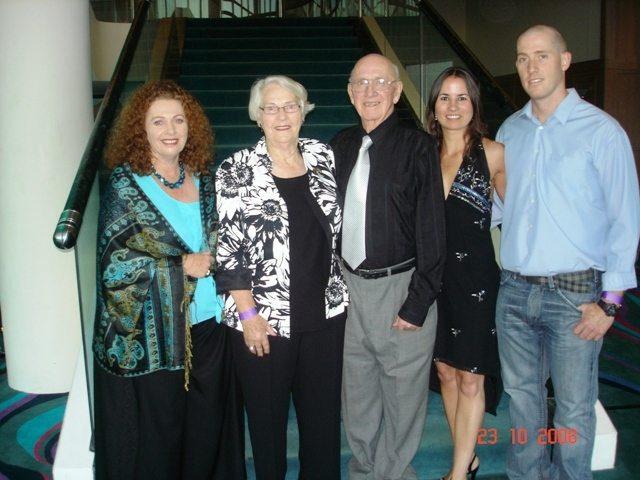 M & D, ASH, MAUNA & KAREN CONV. 08